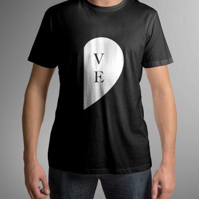 koszulka-z-napisem-love-c-ddshirt