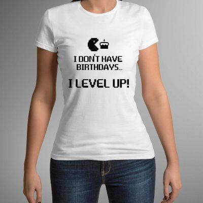 koszulka-z-napisem-levelup-b-ddshirt